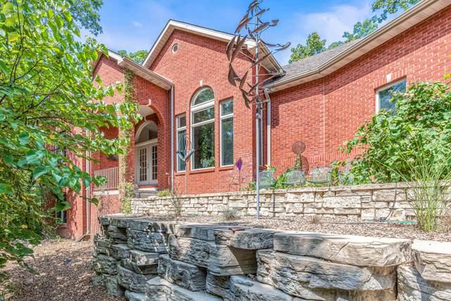 8000 Turtle Creek Ln, Columbia, MO 65203 (MLS #402141) :: Columbia Real Estate