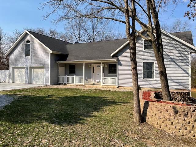 4830 E Flamingo Dr, Hallsville, MO 65255 (MLS #398494) :: Columbia Real Estate