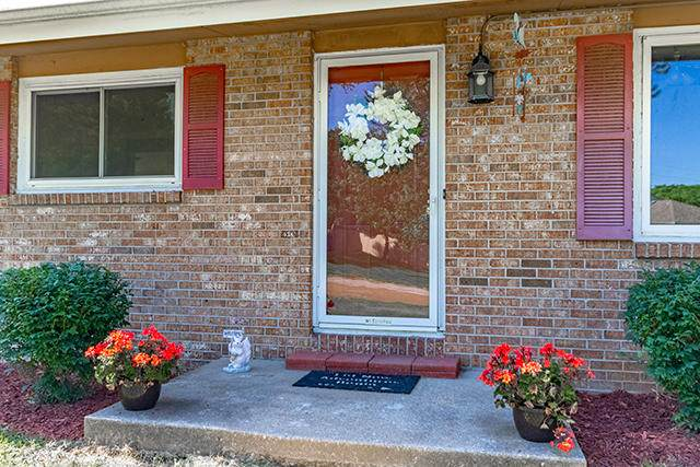 7405 W Country Hill Rd, Columbia, MO 65202 (MLS #393072) :: Columbia Real Estate