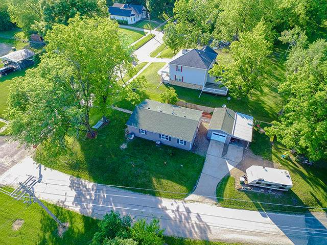 320 S Main St, Fayette, MO 65248 (MLS #393093) :: Columbia Real Estate