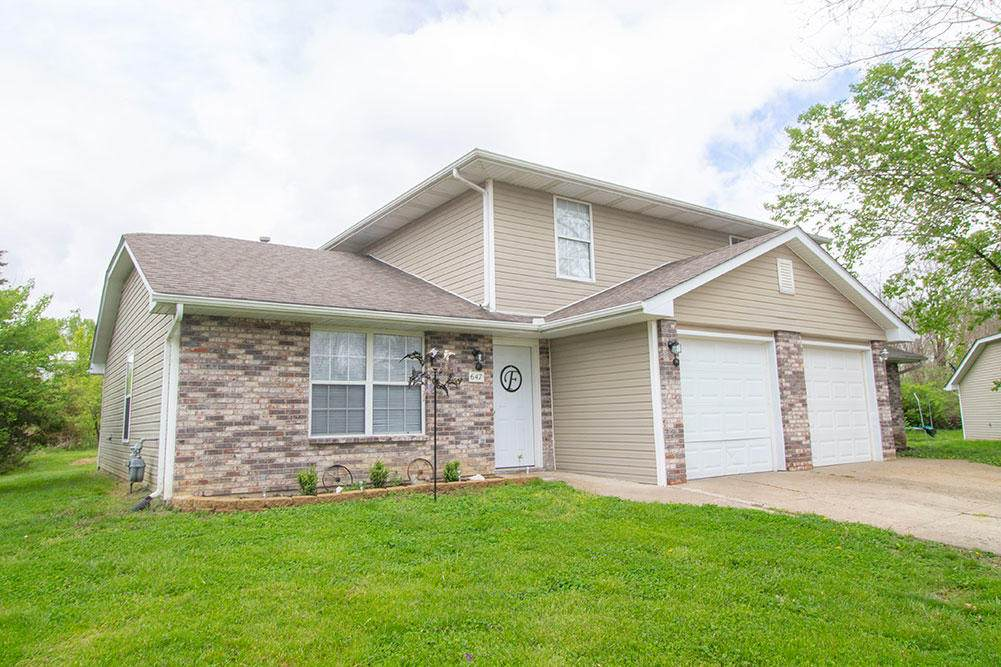 635 Country Squire Ct - Photo 1