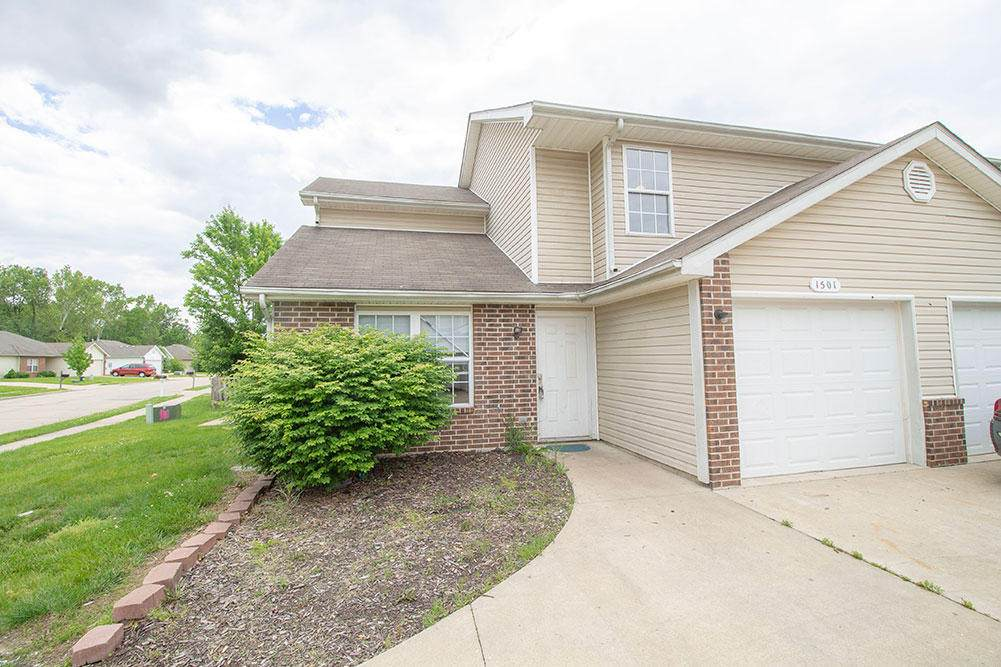 1501 Bodie Dr - Photo 1