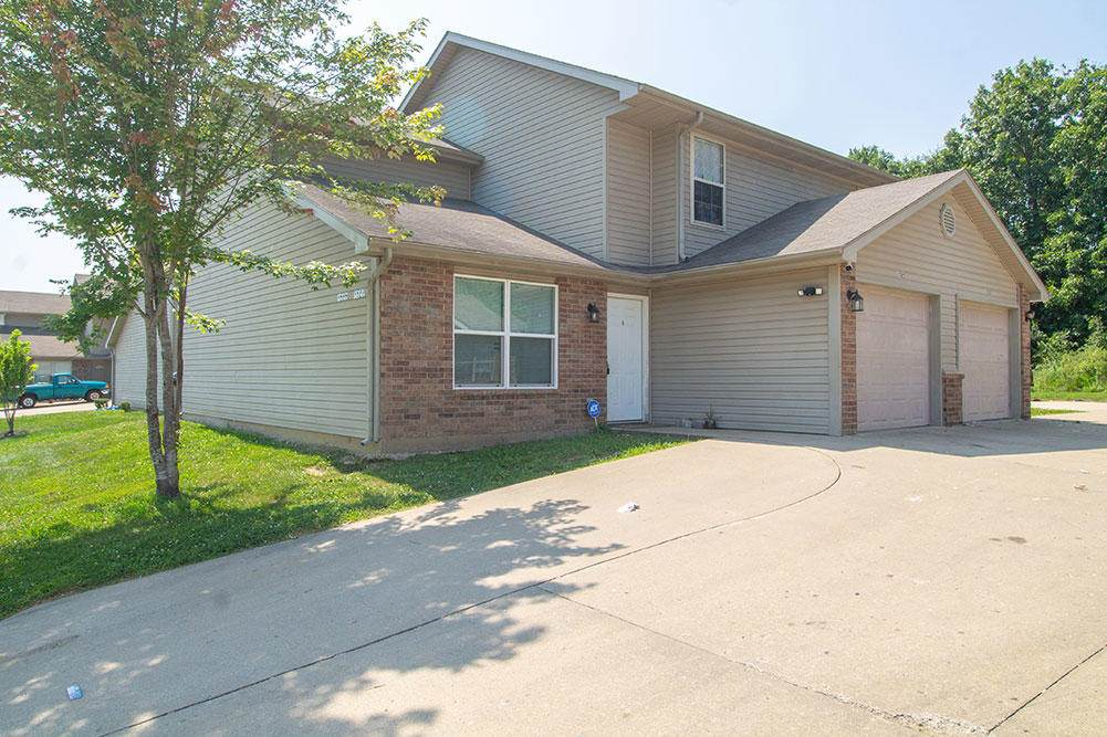 1525 Bodie Dr - Photo 1