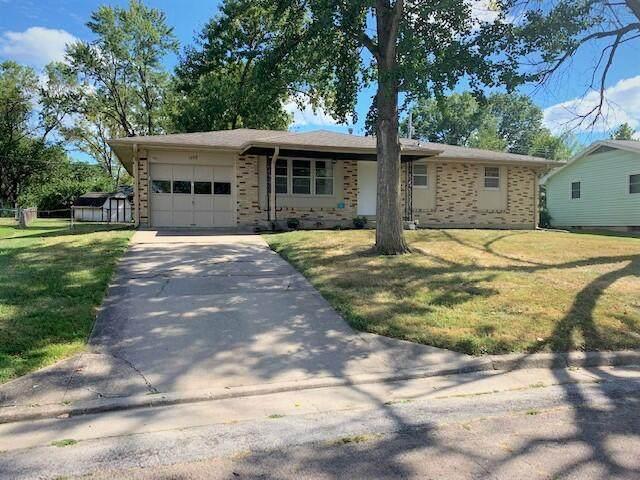 1608 Parklawn Ct, Columbia, MO 65202 (MLS #402656) :: Columbia Real Estate