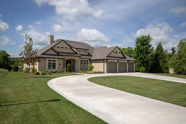 4210 Copperstone Creek Dr, Columbia, MO 65203 (MLS #393802) :: Columbia Real Estate