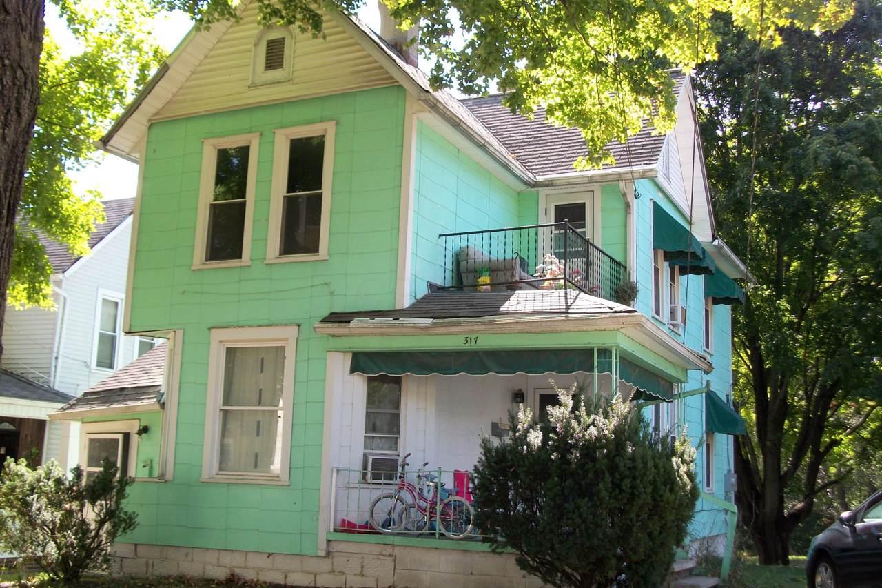 317 Sherman Street - Photo 1