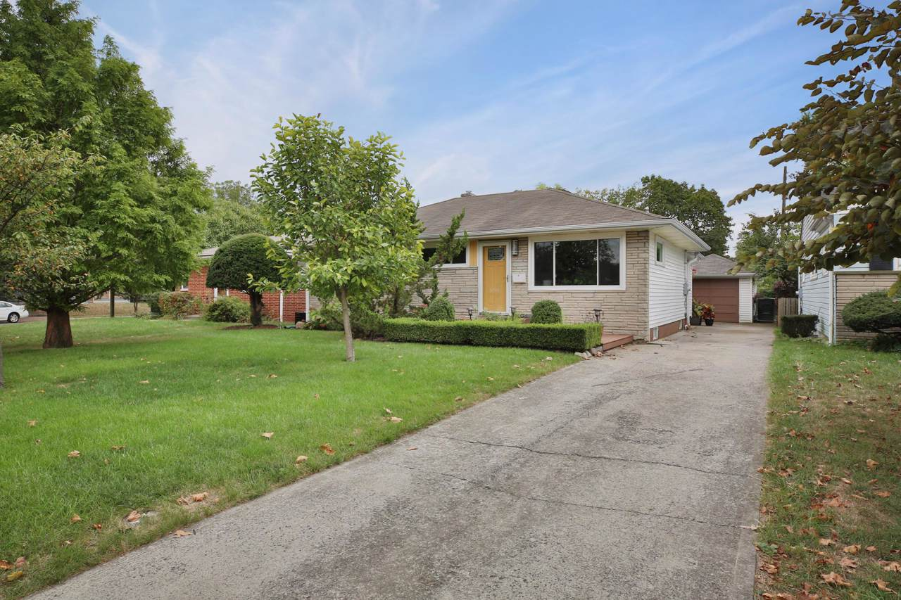 3015 Darfield Place - Photo 1