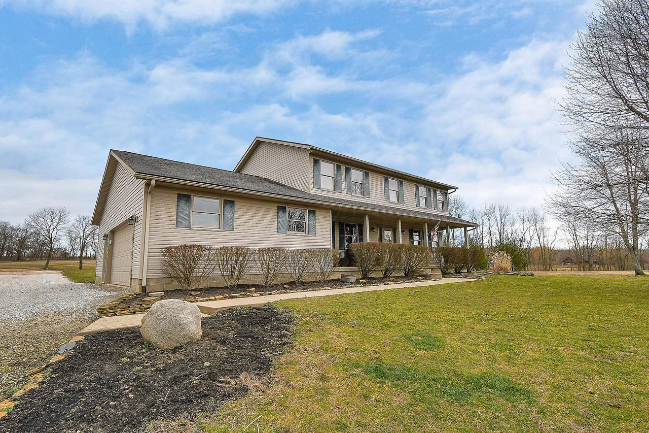 27060 Moccasin Road - Photo 1