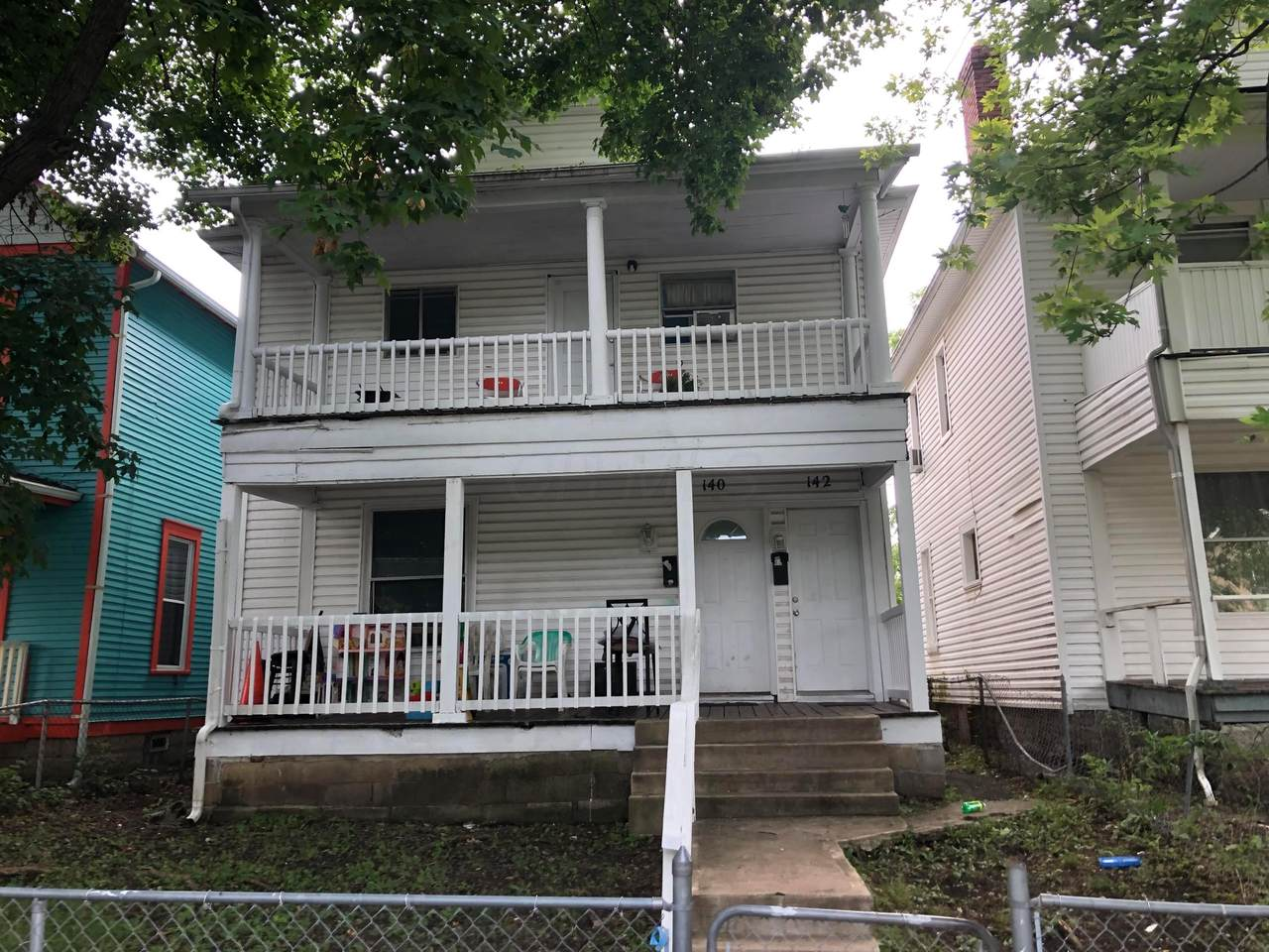 140-142 Dana Avenue - Photo 1