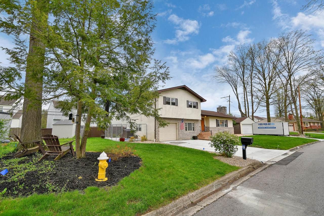 2639 Maplewood Drive - Photo 1