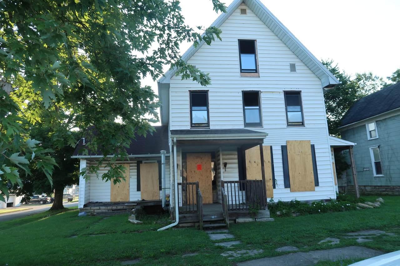 427 Washington Street - Photo 1
