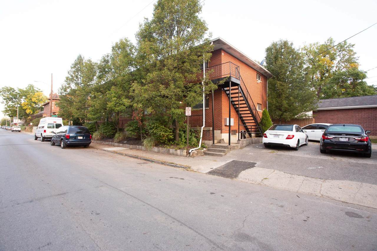 82 Auburn Avenue - Photo 1
