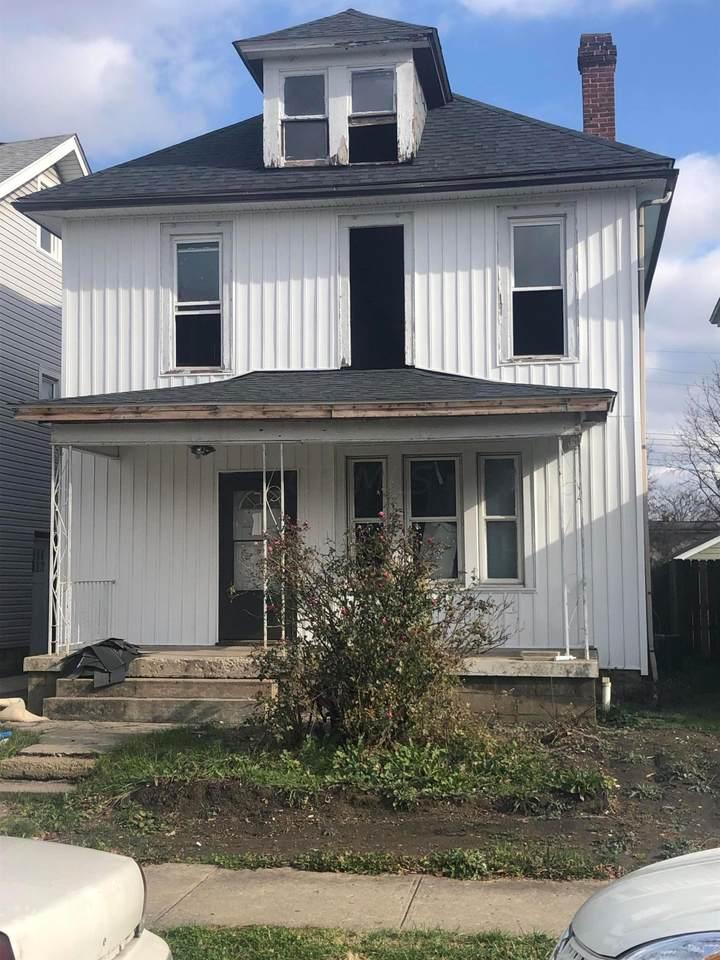 106 Richardson Avenue - Photo 1
