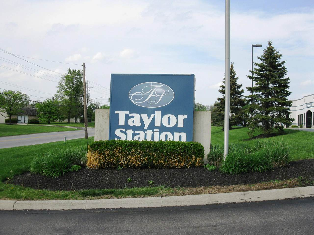 950 Taylor Station Road - Photo 1