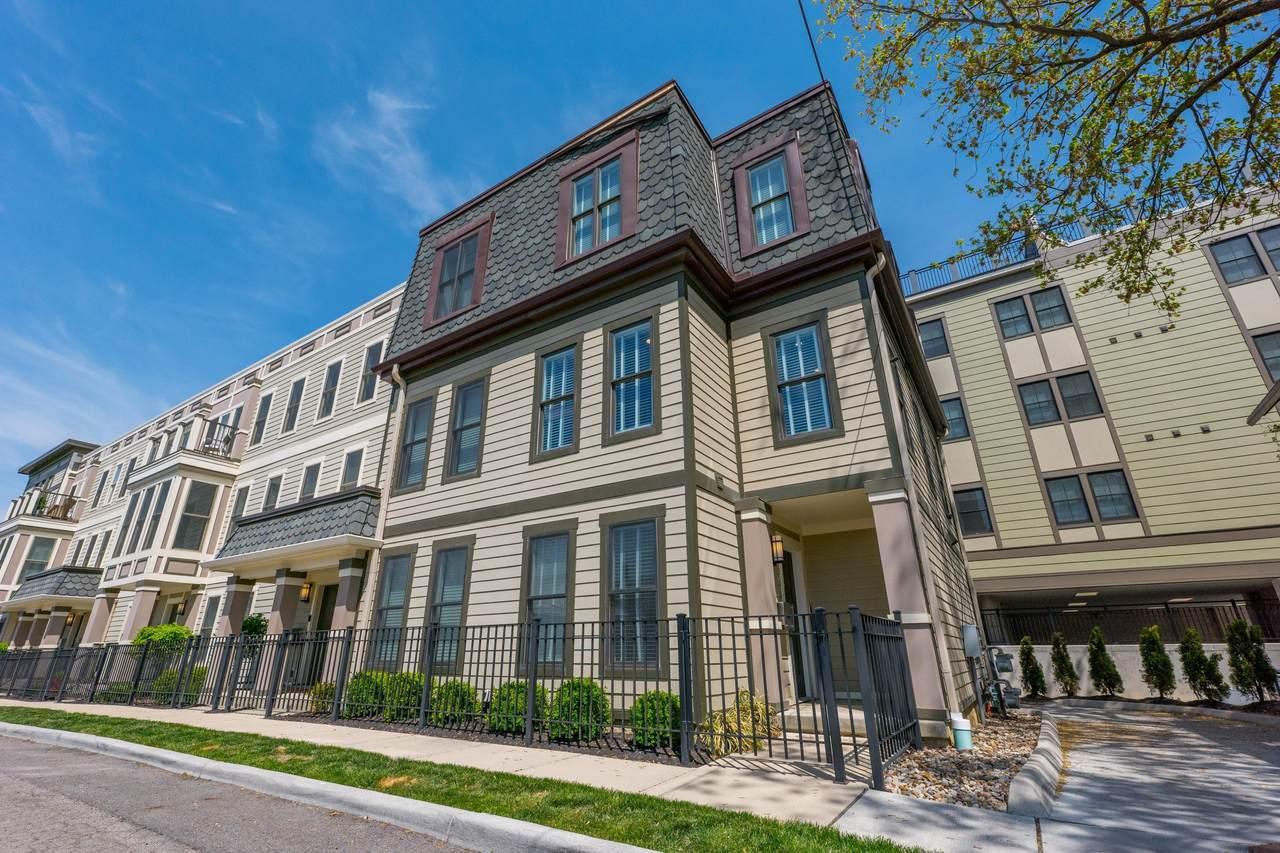 140 Greenwood Avenue - Photo 1