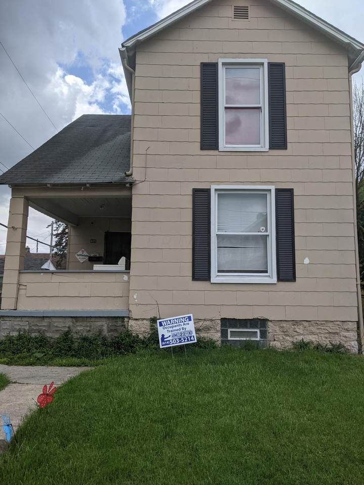 405 Clarendon Avenue - Photo 1