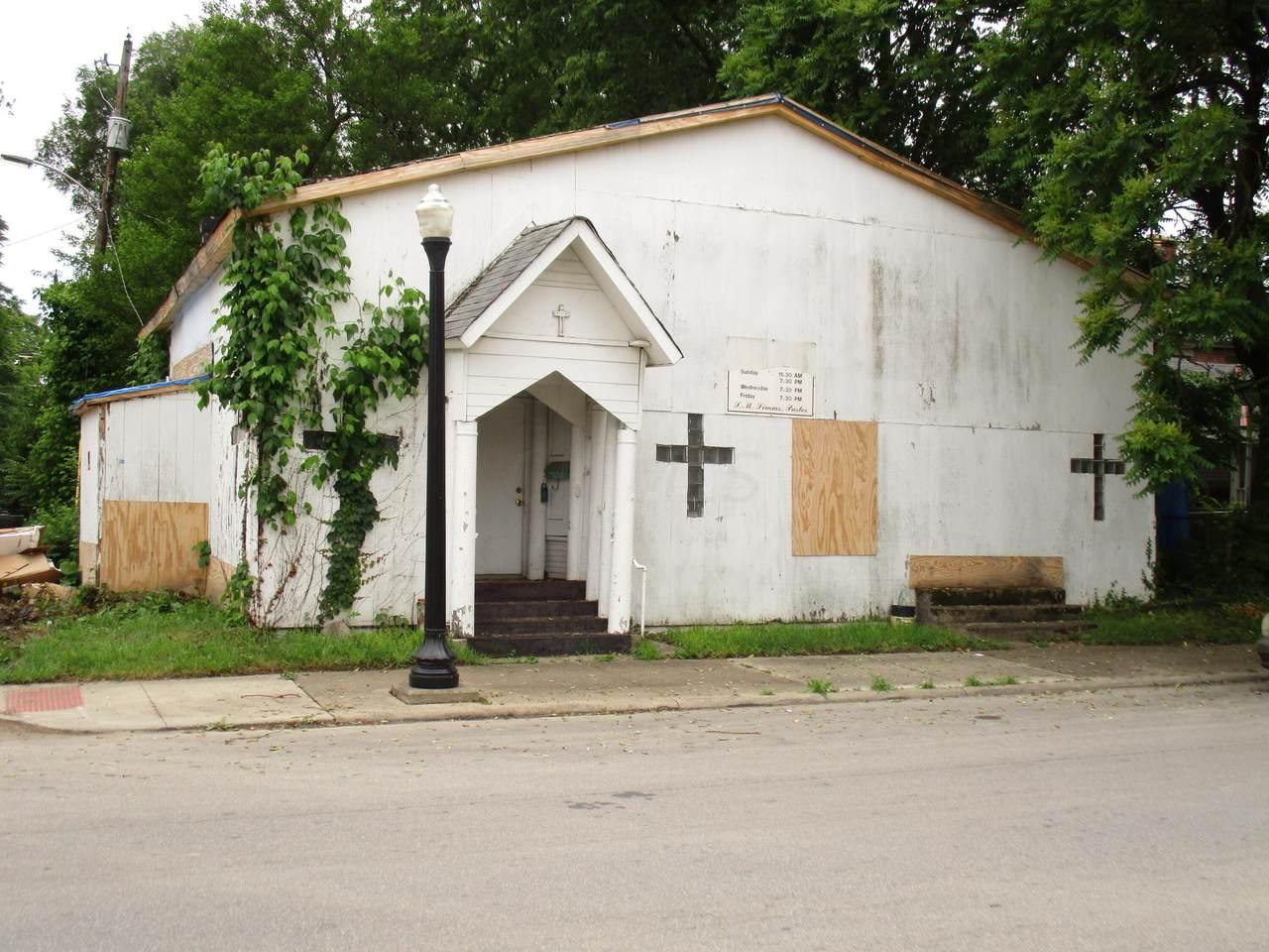1220 Mound Street - Photo 1