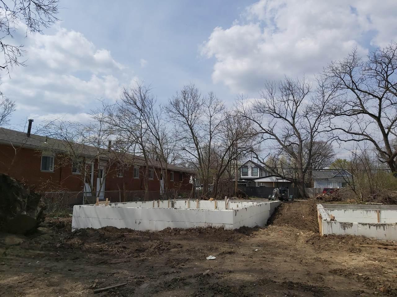 1393 Miller Avenue - Photo 1