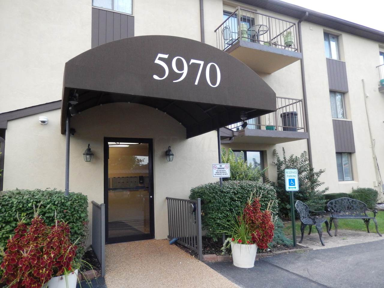 5970 Sharon Woods Boulevard - Photo 1