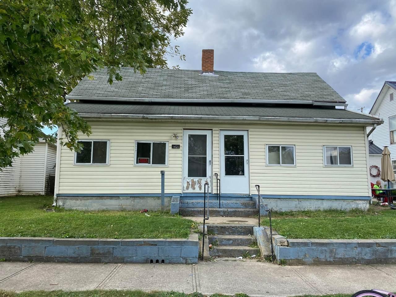906 Temple Street - Photo 1