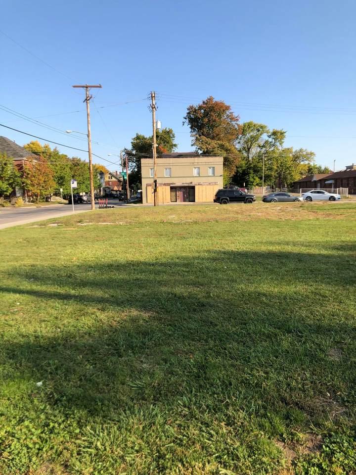 1169 Oak Street - Photo 1