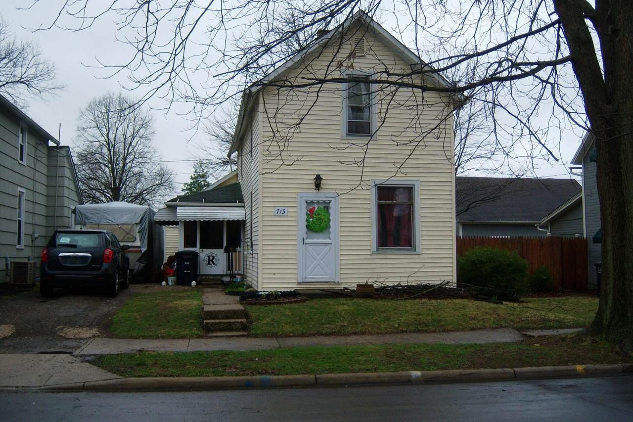 713 Maple Street - Photo 1