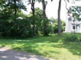 1035 Avondale Avenue - Photo 1