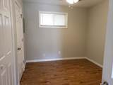 404 Kelton Avenue - Photo 5