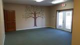 585 Office Parkway - Photo 5