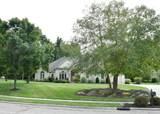 1490 Meadows Drive - Photo 2