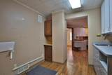 11-19 Schreyer Place - Photo 18