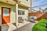 1096 Perry Street - Photo 20