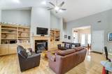 9037 Olentangy River Road - Photo 17