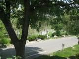 1289 Lake Shore Drive - Photo 3