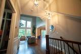 10619 Arrowwood Drive - Photo 8