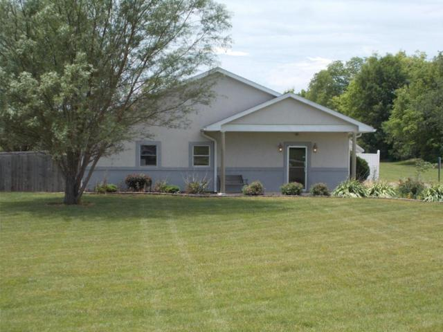 1875 Stoneridge Drive, Circleville, OH 43113 (MLS #217026891) :: The Mike Laemmle Team Realty