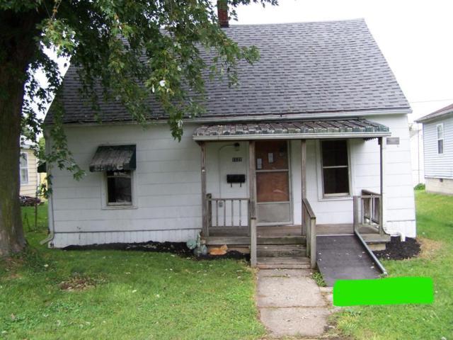 1121 E Walnut Street, Lancaster, OH 43130 (MLS #217035397) :: CARLETON REALTY