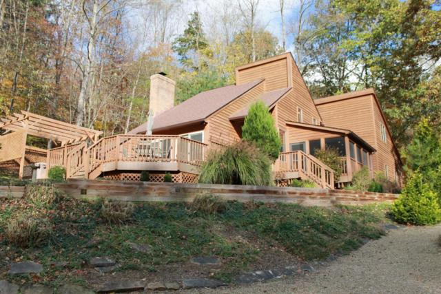 872 Yana Lane, Hide A Way Hills, OH 43107 (MLS #217040616) :: Berkshire Hathaway Home Services Crager Tobin Real Estate