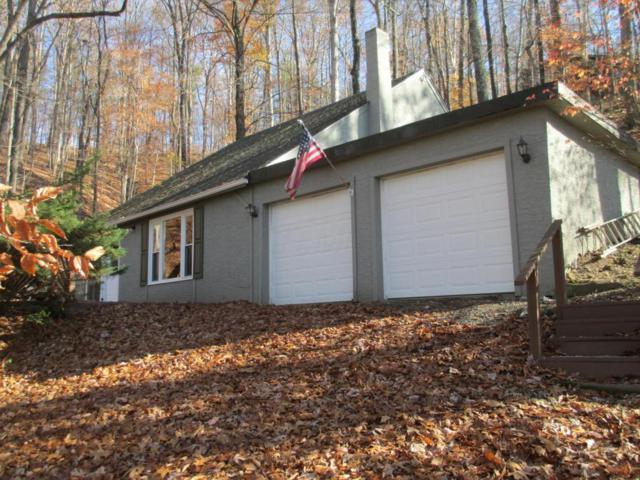 3 Hide-A-Way Hills, Hide A Way Hills, OH 43107 (MLS #217041548) :: Berkshire Hathaway Home Services Crager Tobin Real Estate