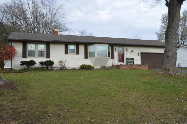 210 Meadow Drive, Circleville, OH 43113 (MLS #217041580) :: The Mike Laemmle Team Realty