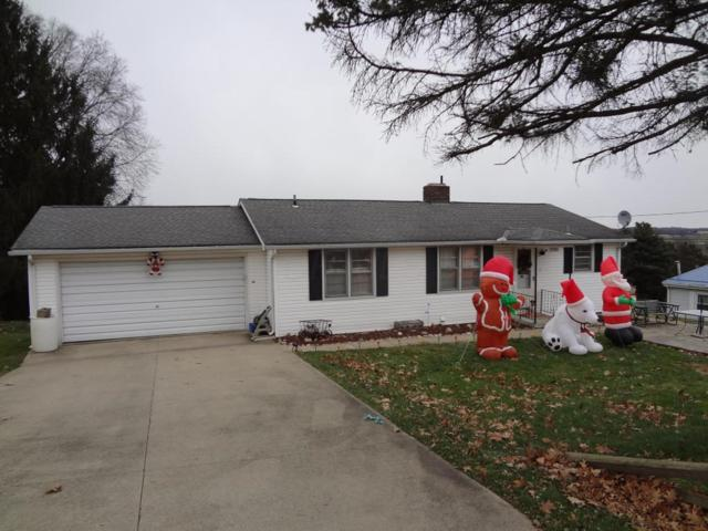 5585 Kenny Drive, Zanesville, OH 43701 (MLS #217043108) :: The Clark Realty Group @ ERA Real Solutions Realty