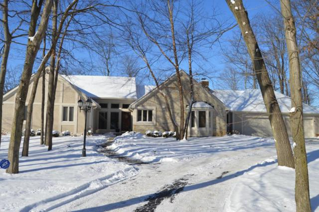 445 Retreat Lane W, Powell, OH 43065 (MLS #218002192) :: Berkshire Hathaway Home Services Crager Tobin Real Estate