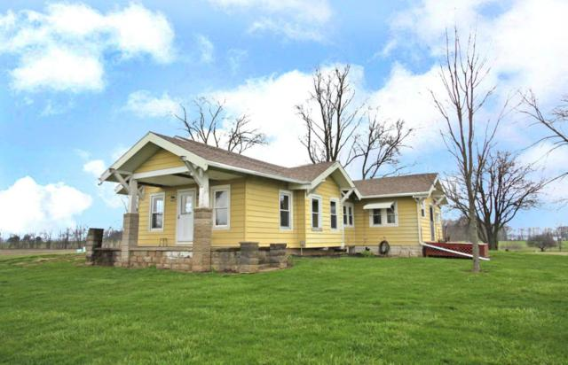 3006 Weaver Road, Mount Vernon, OH 43050 (MLS #218013334) :: The Raines Group
