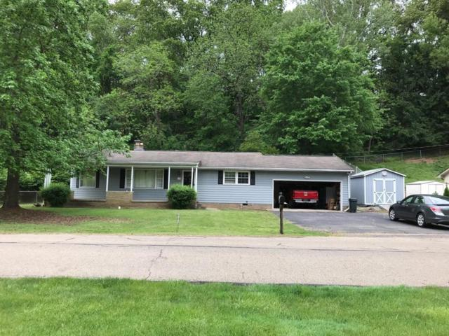 139 Lynwood Lane, Lancaster, OH 43130 (MLS #218017371) :: The Mike Laemmle Team Realty