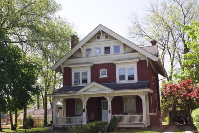 1623 Franklin Park S, Columbus, OH 43205 (MLS #218020085) :: The Mike Laemmle Team Realty