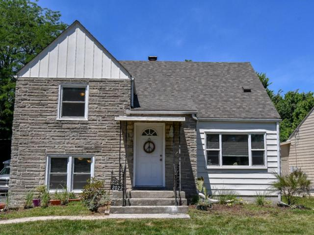 2022 Merryhill Drive, Columbus, OH 43219 (MLS #218026442) :: The Mike Laemmle Team Realty