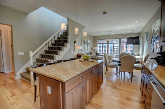 250 Daniel Burnham Square #701, Columbus, OH 43215 (MLS #218029545) :: Signature Real Estate