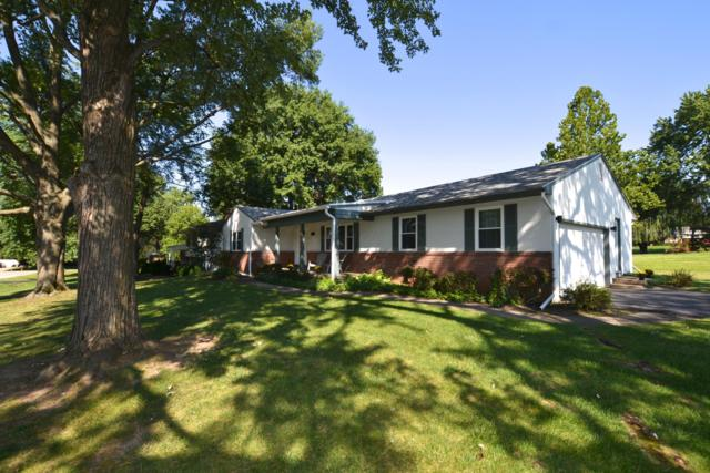6090 Chinaberry Drive, Columbus, OH 43213 (MLS #218033427) :: Berkshire Hathaway HomeServices Crager Tobin Real Estate