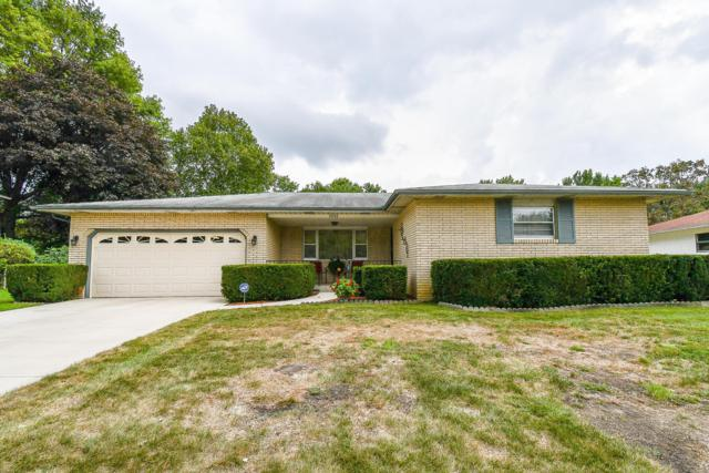 5645 Worcester Drive, Columbus, OH 43232 (MLS #218033618) :: RE/MAX ONE