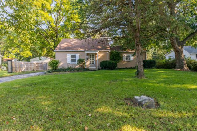 2570 Zollinger Road, Columbus, OH 43221 (MLS #218035650) :: Susanne Casey & Associates
